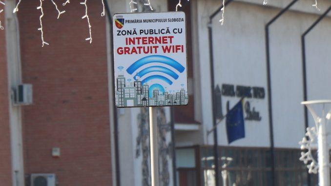 Internet gratuit în Slobozia. FOTO Adrian Boioglu