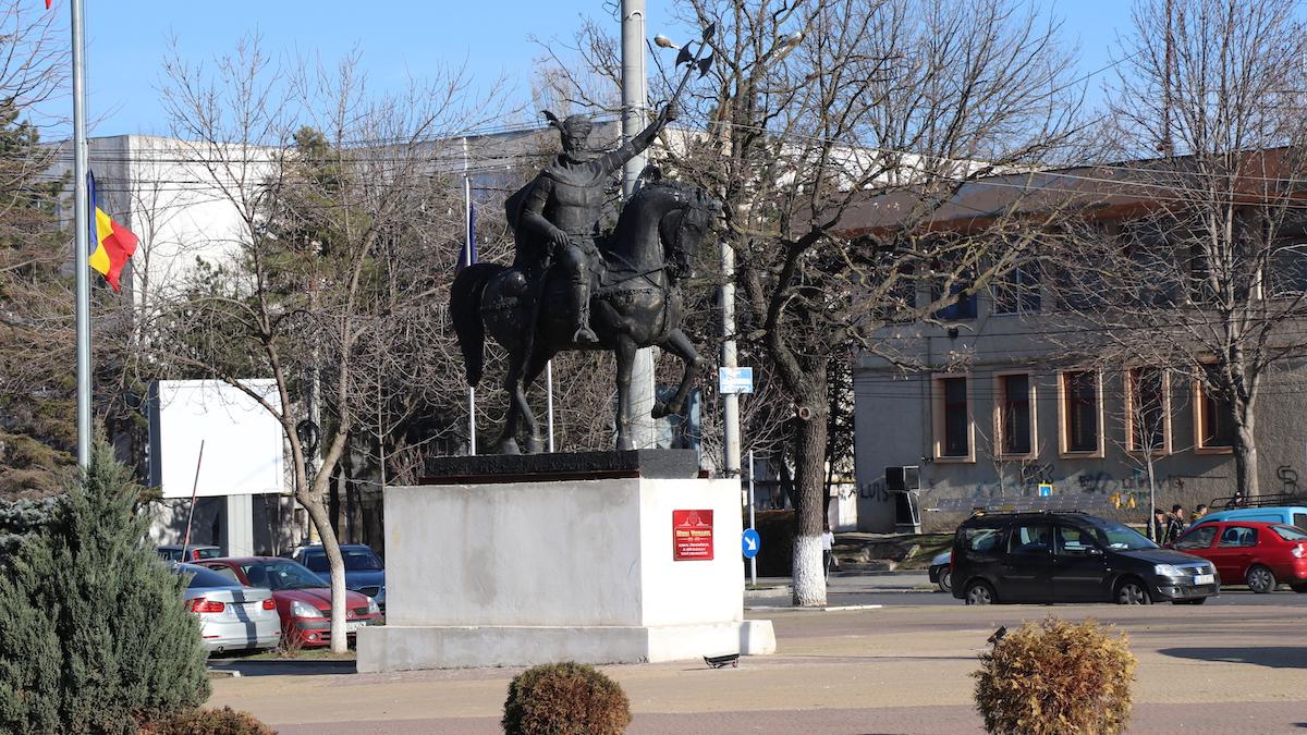 Statuia lui Mihai Viteazul din Slobozoa. FOTO Adrian Boioglu
