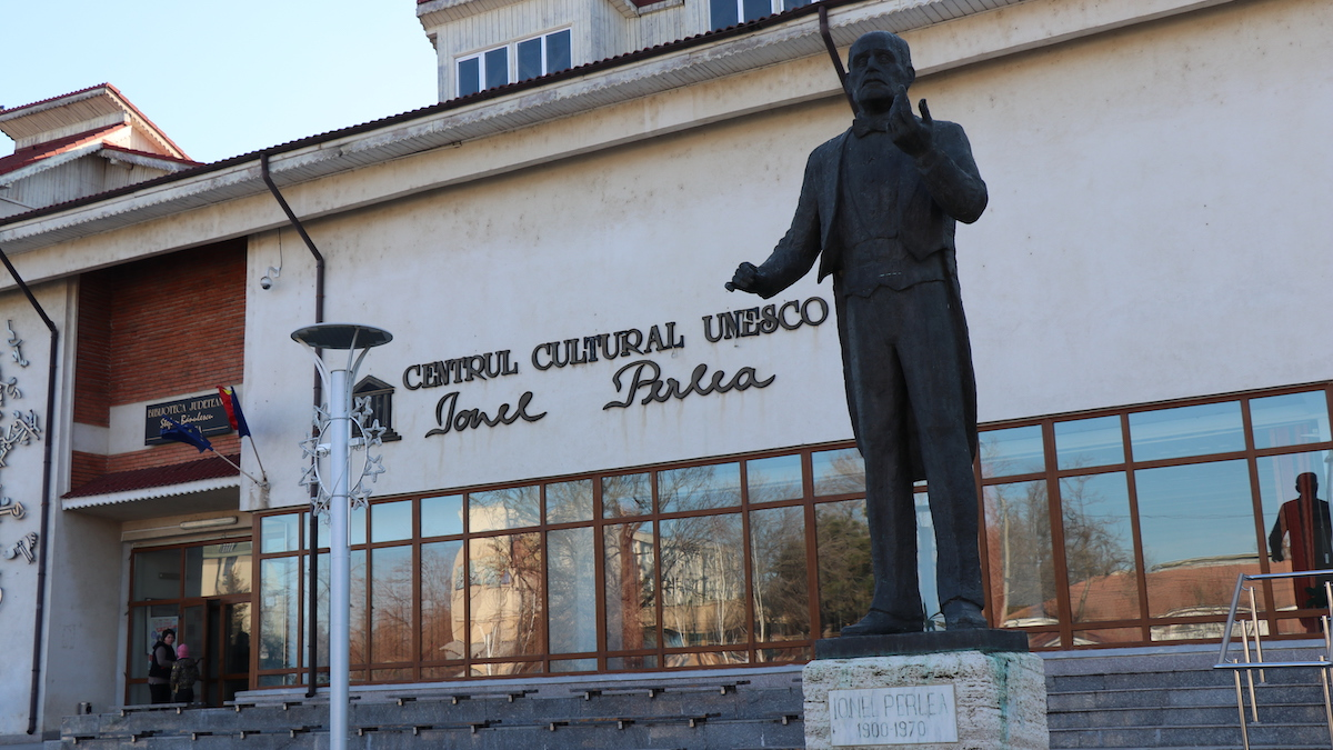 "Centrul Cultural ""Ionel Perlea"" din Slobozia. FOTO Adrian Boioglu"