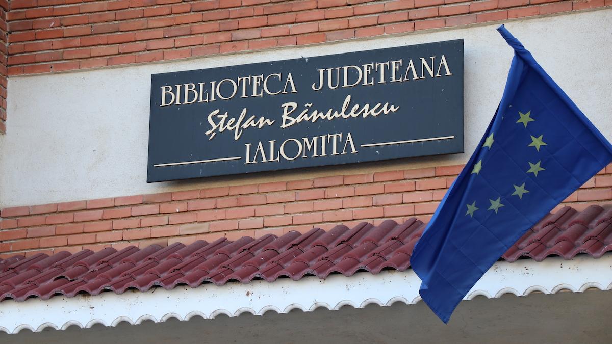 """Biblioteca Județeană """"Ștefan Bănulescu"""", Ialomița. FOTO Adrian Boioglu"""