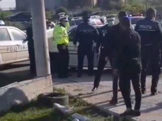 Polițiștii au intervenit pentru prinderea unui șofer băut la Bărbulești. FOTO Captură Video