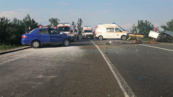 Accident grav între două autoturisme care se deplasau pe DN 2, la ieșire din Urziceni. FOTO IPJ Ialomița