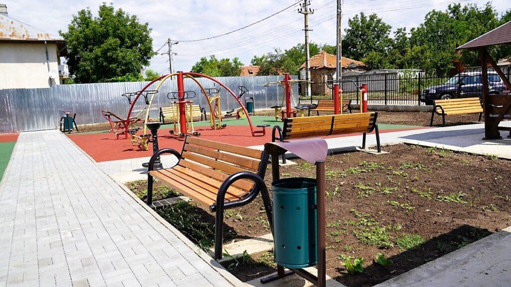 Loc de joacă la Rădulești, realizat în doar două luni. FOTO CJ Ialomița