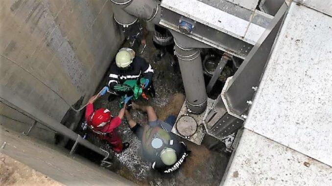 Bărbat salvat de pompieri dintr-un canal de vizitare. FOTO ISU Ialomița
