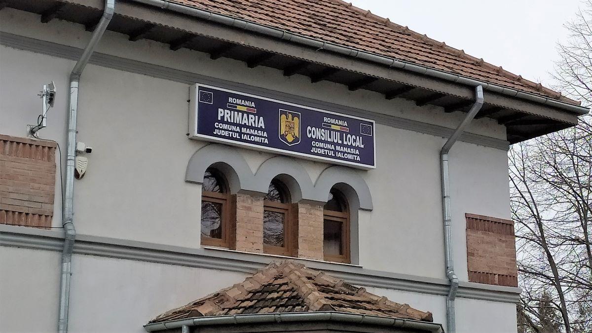 Manasia, IL 4
