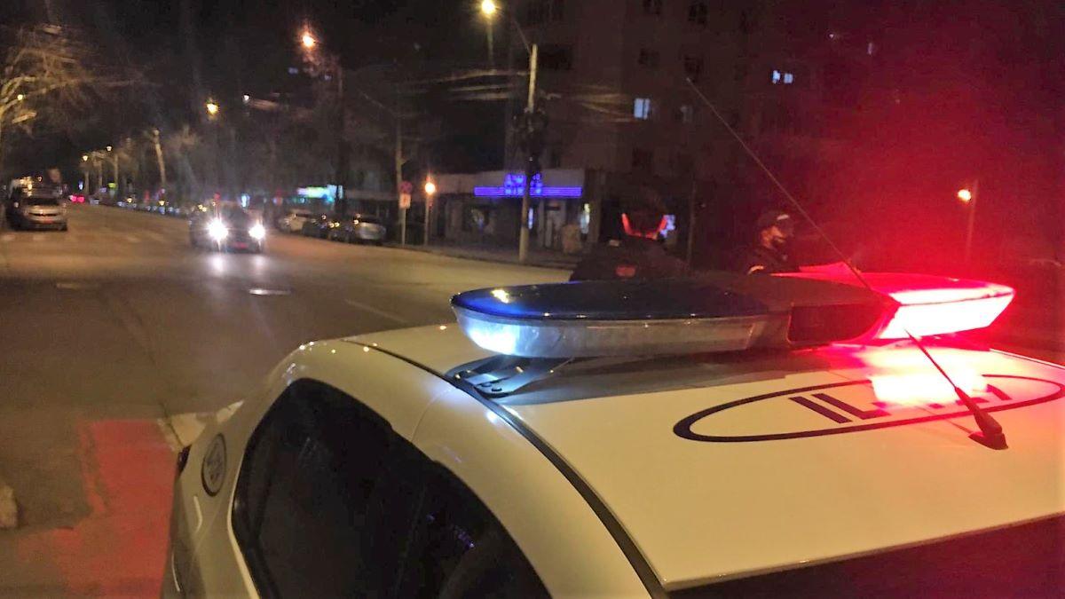 Șofer cu permisul anulat și aflat sub influența băuturilor alcoolice, prins de polițiștii ialomițeni