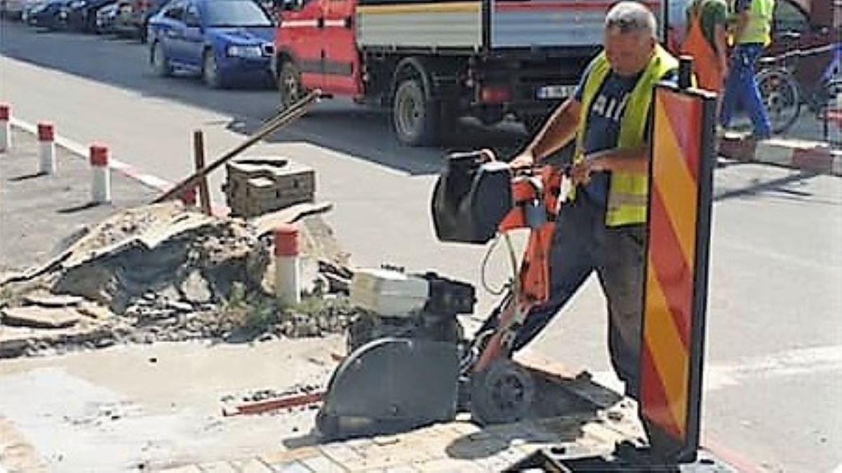 La Fetești au început lucrările din cadrul proiectului de semaforizare de pe strada Călărași